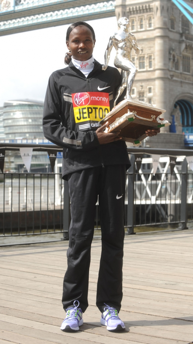 London Marathon Winners Photo Call 2 42627