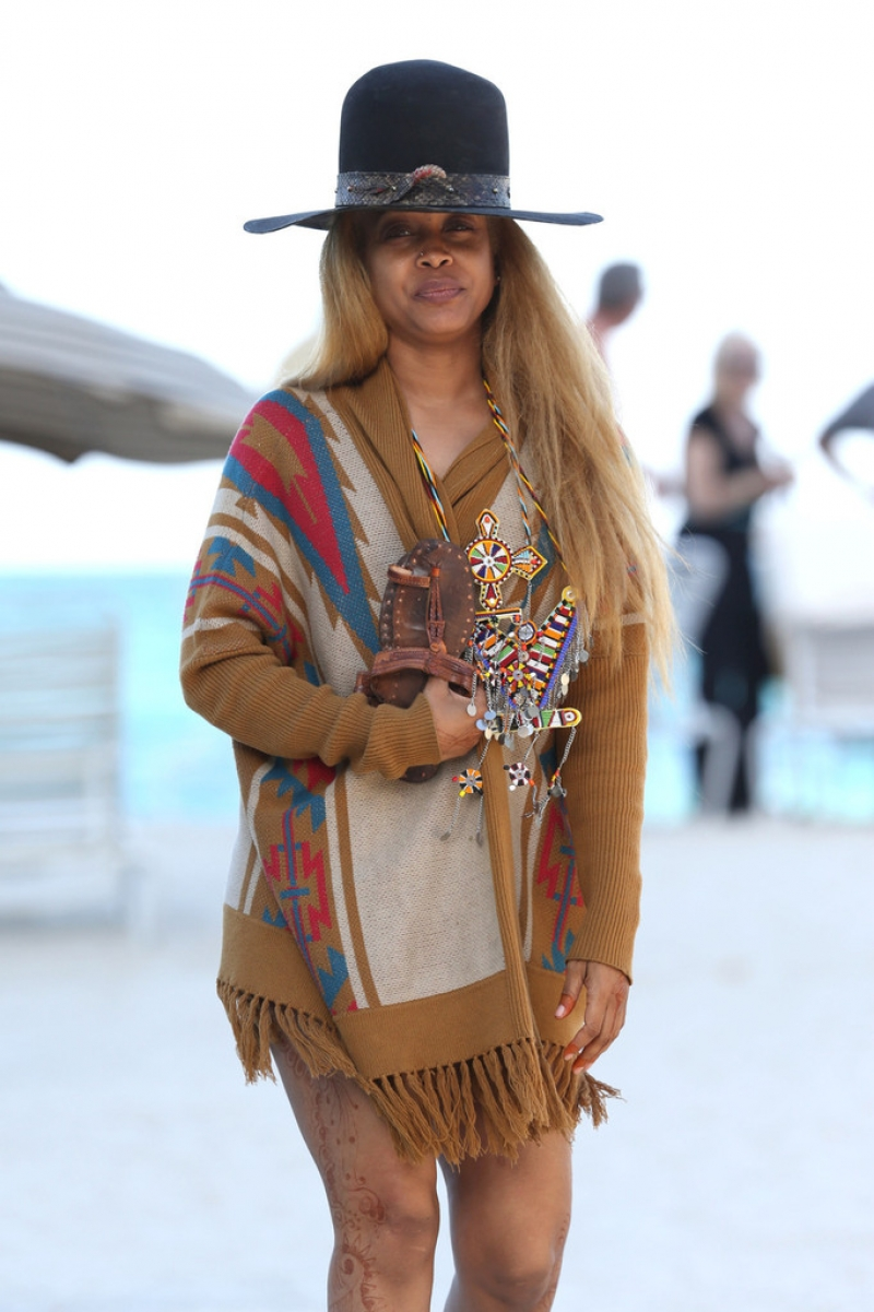 Erykah Badu Hits the Beach 42630