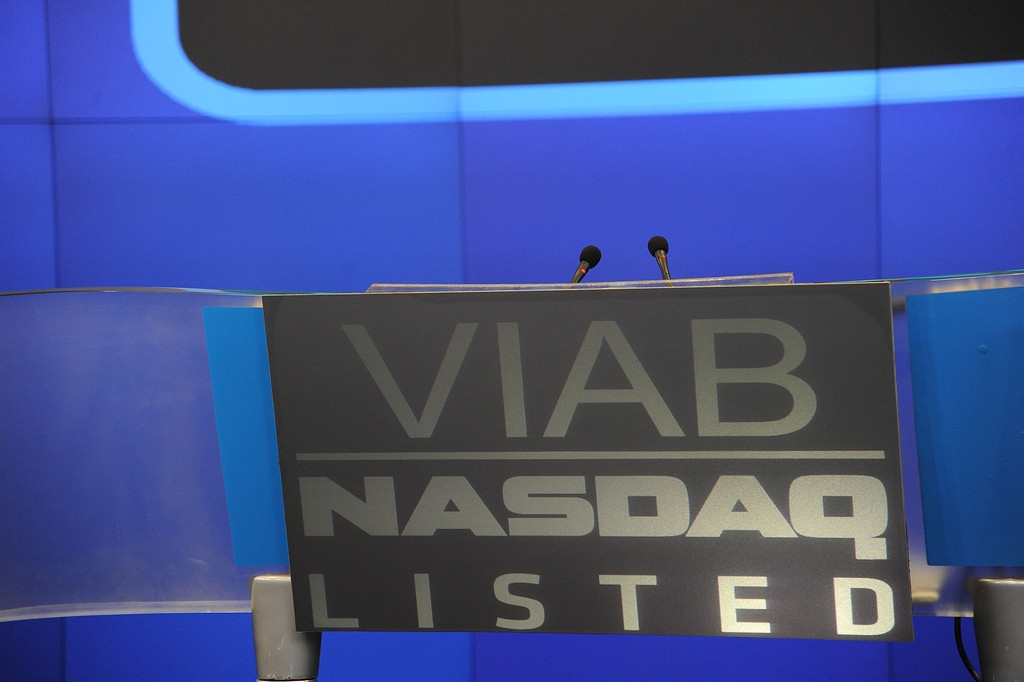 Viacom Rings the Stock Market Opening Bell  43282