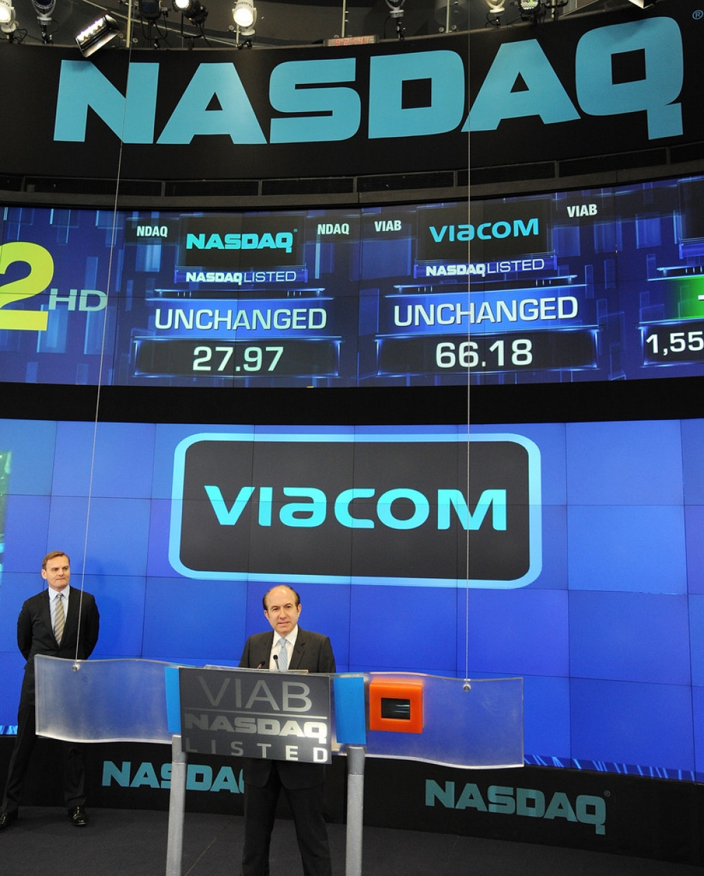 Viacom Rings the Stock Market Opening Bell  43321