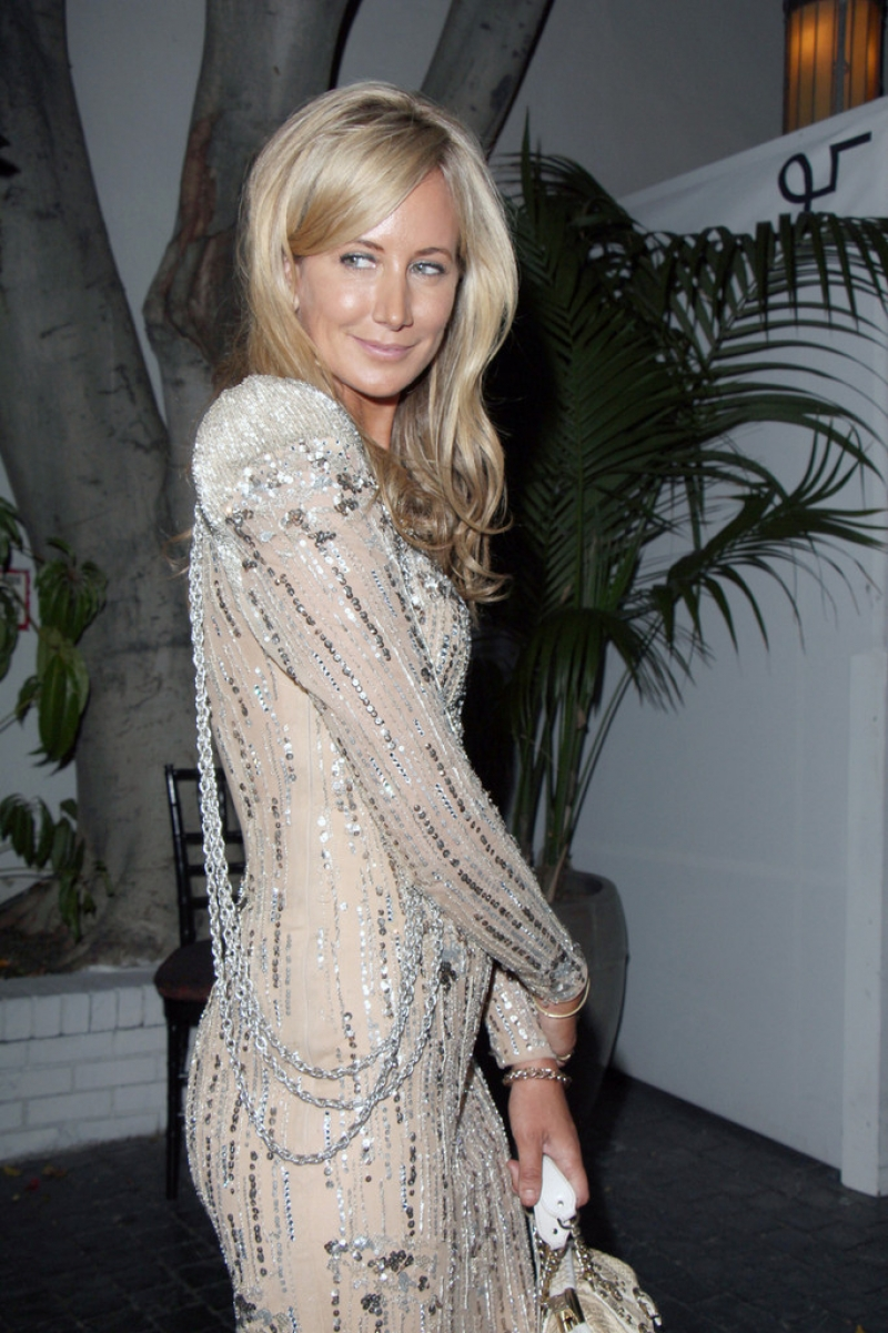 Lady Victoria Hervey Arrives at the Chateau Marmont 43375