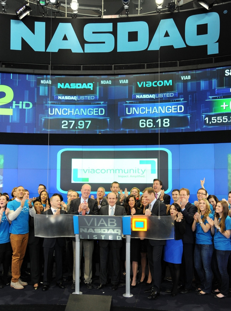 Viacom Rings the Stock Market Opening Bell  43385