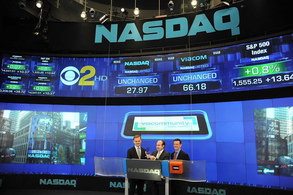 Viacom Rings the Stock Market Opening Bell  43529