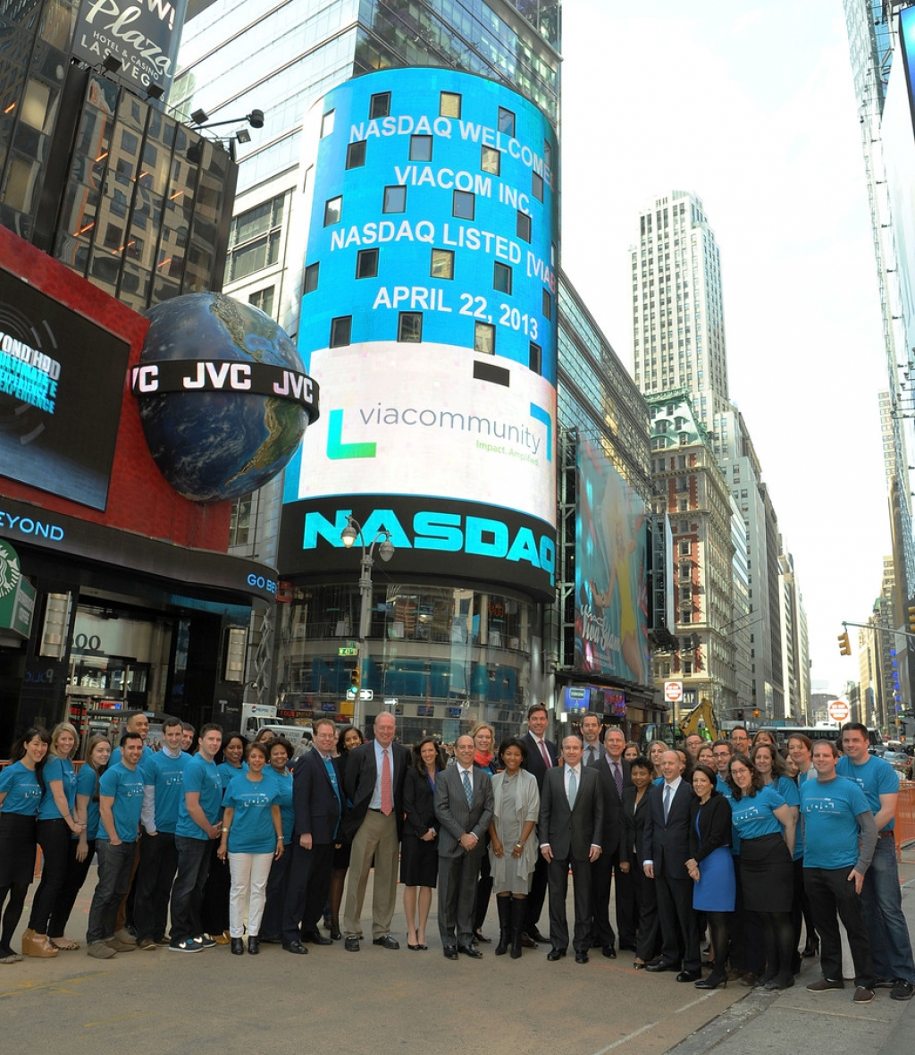 Viacom Rings the Stock Market Opening Bell  43532