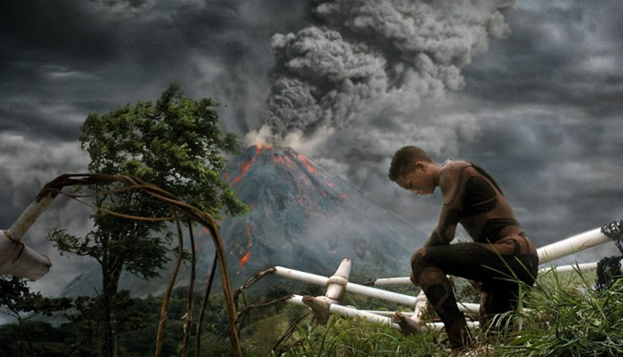 'After Earth' review: A father and son battle predictability in the future 44326