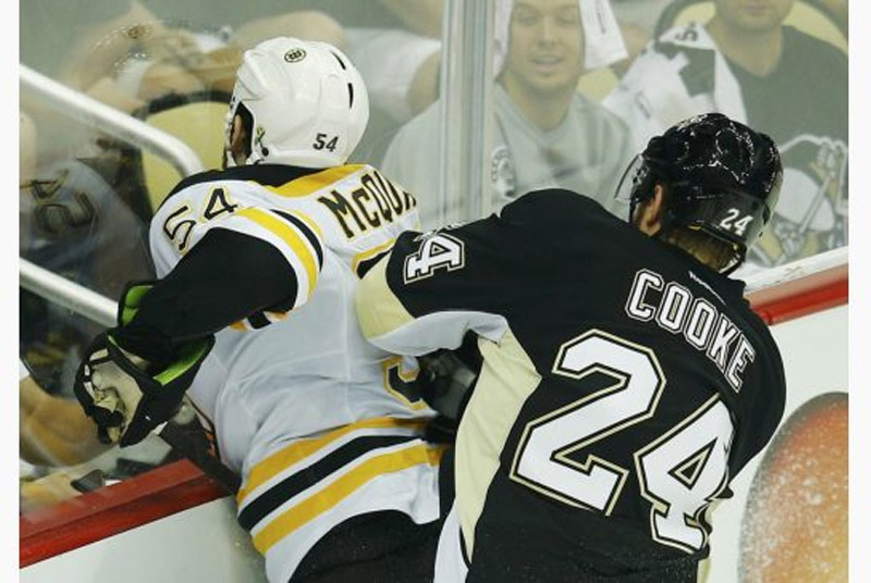 Pittsburgh Penguins looking to bounce back in Game 2 44379