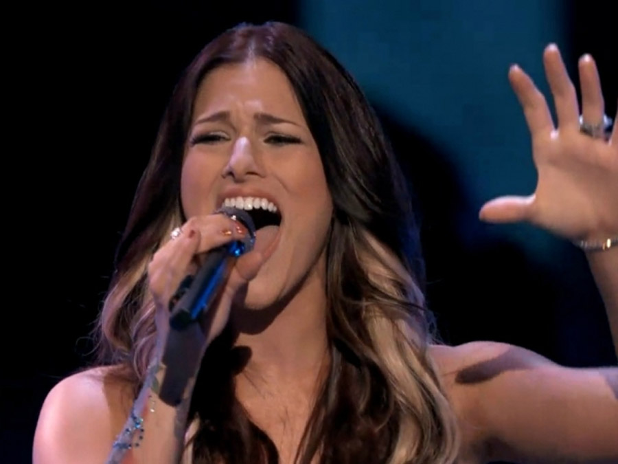 """The Voice': Cassadee Pope Performs New Single """"Wasting All Of These Tears,"""" Holly Tucker Sheds Some Tears 44407"""