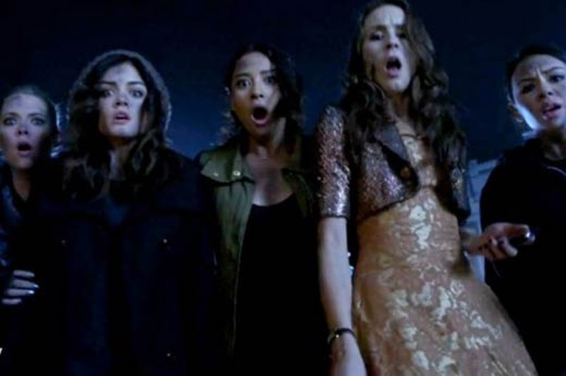 Pretty Little Liars' cast, creators talk what's in the trunk - you might have to look away 44499
