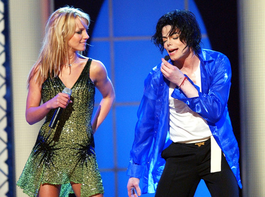 "Britney Spears Remembers Michael Jackson, Feels ""Honored to Have Shared the Stage With Him"" 44630"