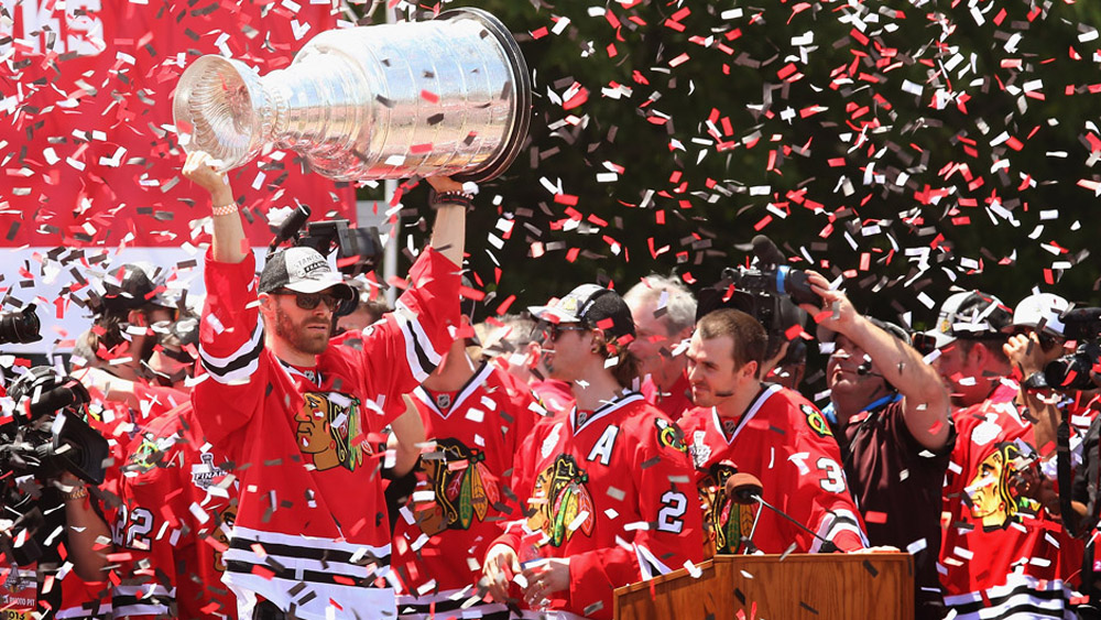 Blackhawks tweet during Stanley Cup parade 44756