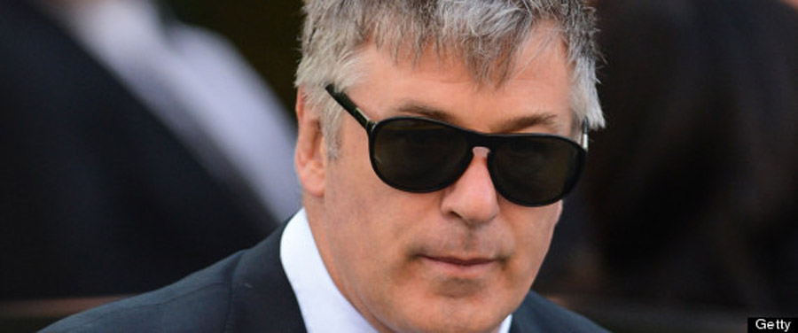 Alec Baldwin Apologizes For Homophobic Tweets 44780