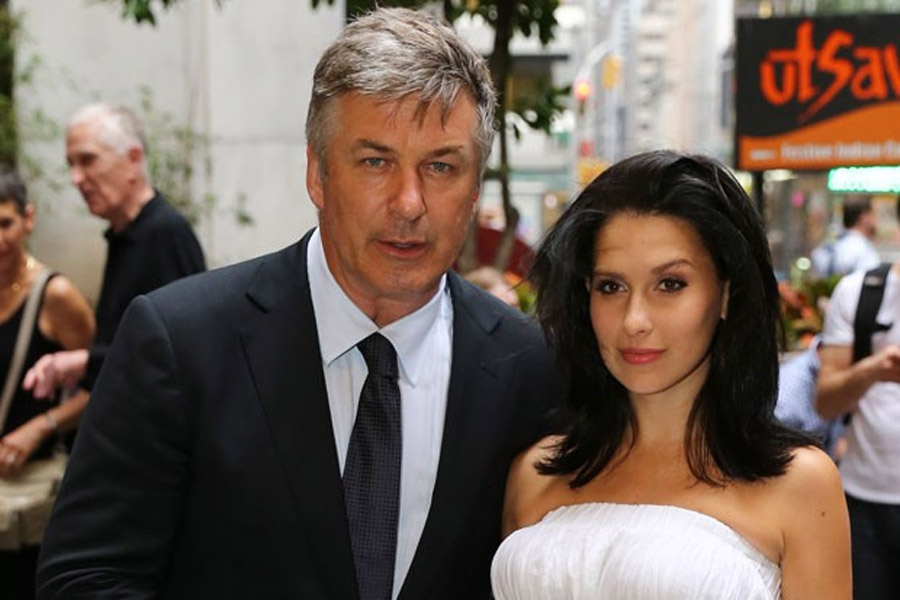 Alec Baldwin Launches Twitter Tantrum Over Daily Mail Report 44785