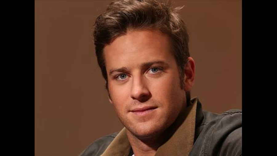 Armie Hammer is unmasked in 'The Lone Ranger' 44937