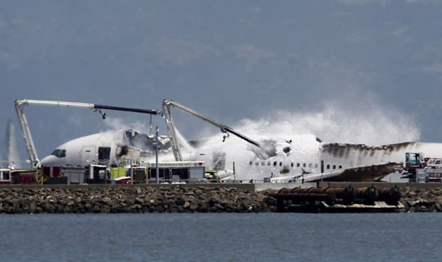 SF plane crash kills 2, seriously injures 49 44999