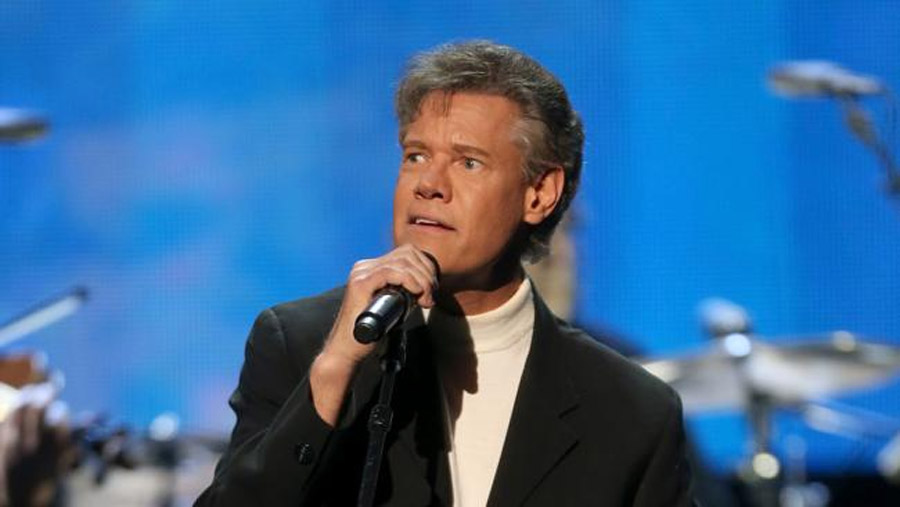 Country music singer Randy Travis in critical condition at Texas hospital 45021