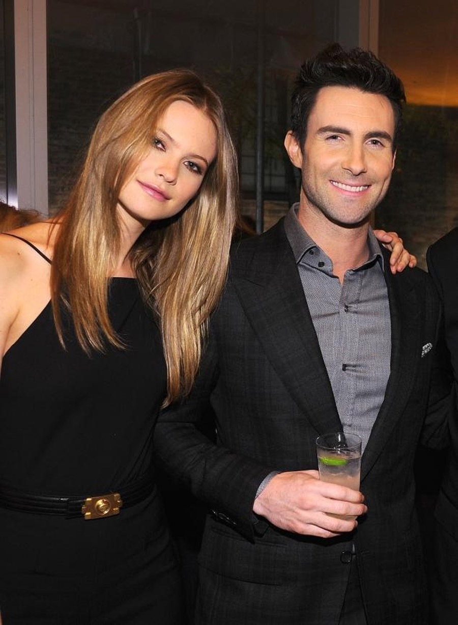 Adam Levine engaged to Behati Prinsloo 45202