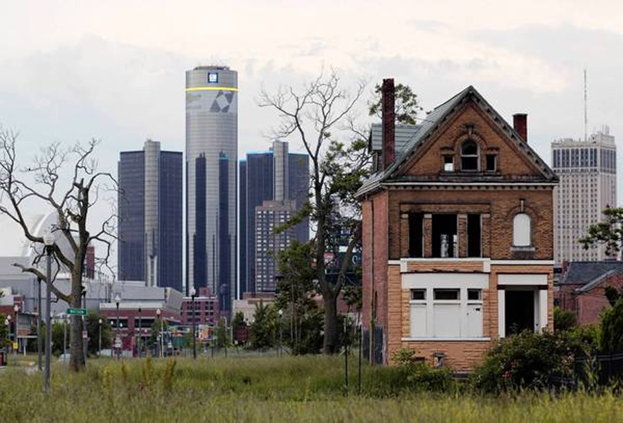 Detroit declares bankruptcy, with $18 billion in debts 45300