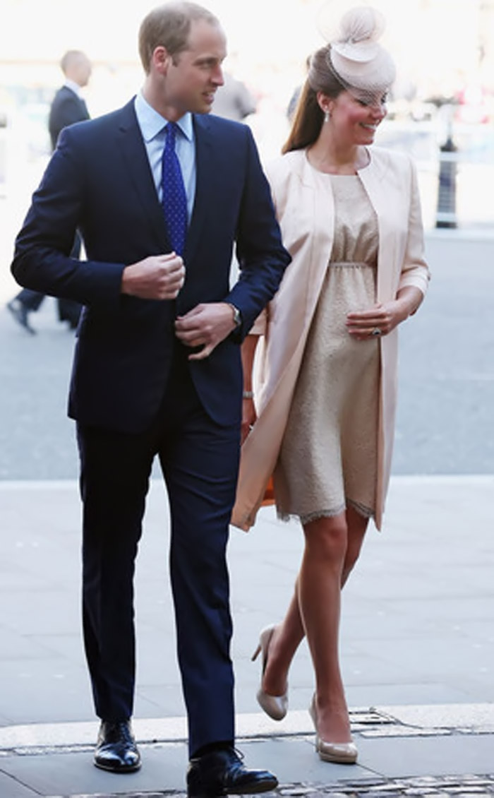 Prince William and Kate Middleton Leave Bucklebury, Head to London Ahead of Royal Baby Birth 45308