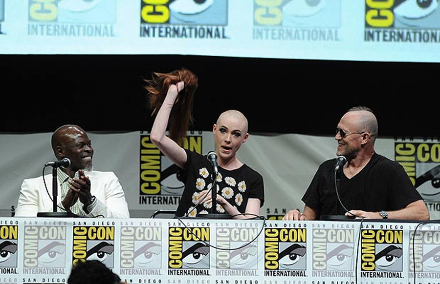 Dr Who's Karen Gillan shaves her head for film role 45337