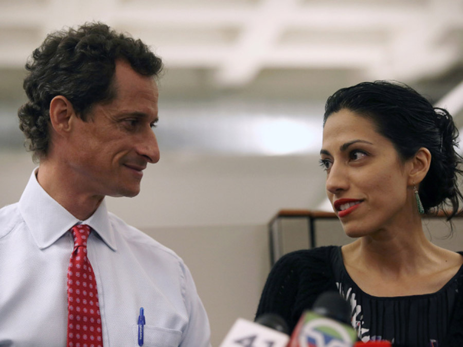 Anthony Weiner admits more lewd chats online, allegedly used handle 'Carlos Danger' 45399