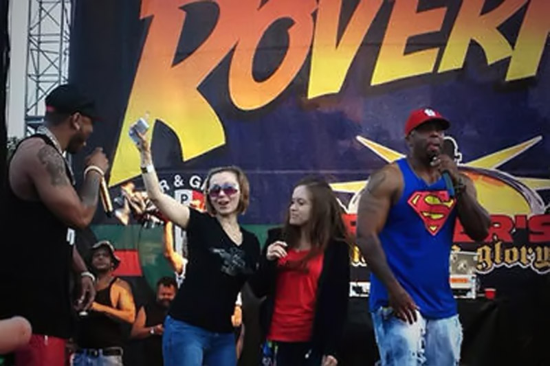 Cleveland kidnapping victim Amanda Berry appears at Nelly concert 45523