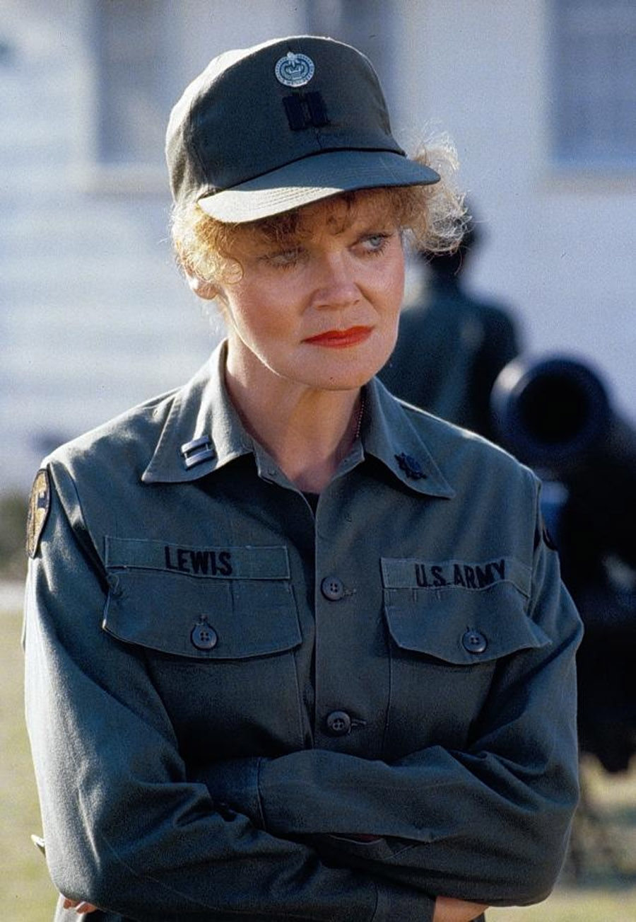 Eileen Brennan, actress who starred in 'Private Benjamin' and 'Last Picture Show,' dead at 80 45537