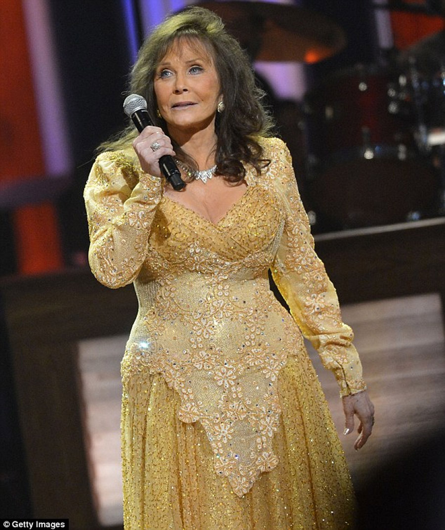 Eldest daughter of country singer Loretta Lynn Betty Sue died at age 64 45587