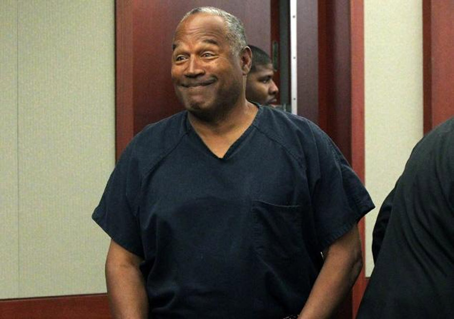 O.J. Simpson wins parole in robbery case, still faces 4 years in jail 45621