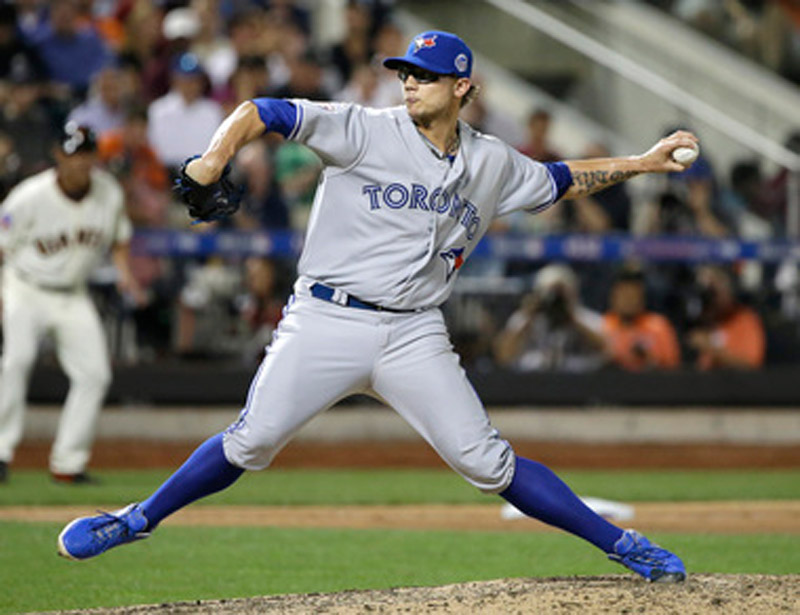 Detroit Tigers talking with Giants, Blue Jays in attempt to add another relief pitcher 45624