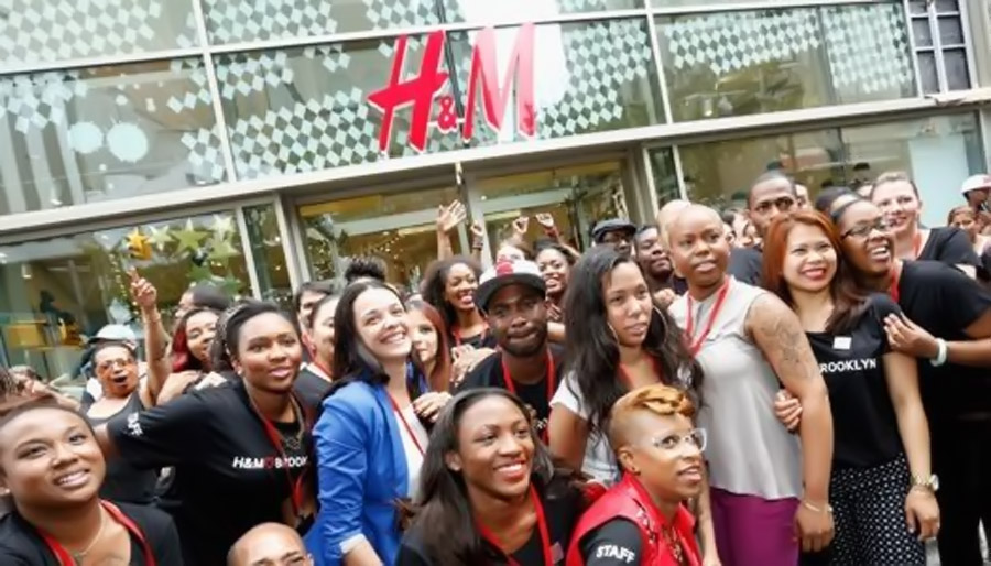 H&M finally fulfills their promise - opens online store 45638