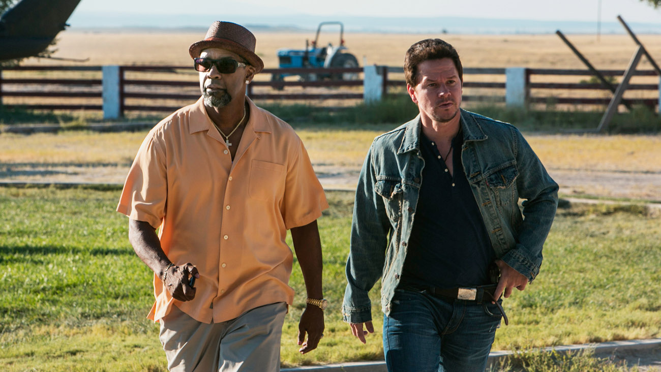 In Theaters This Weekend: Reviews of '2 Guns,' 'The Smurfs 2' and More 45687