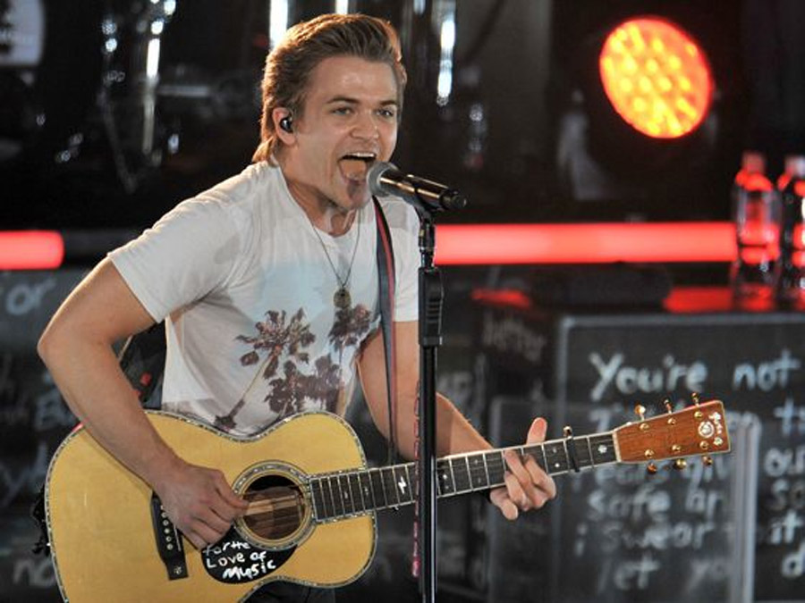 All Posts Hunter Hayes thrills shrieking fans at Pacific 45923