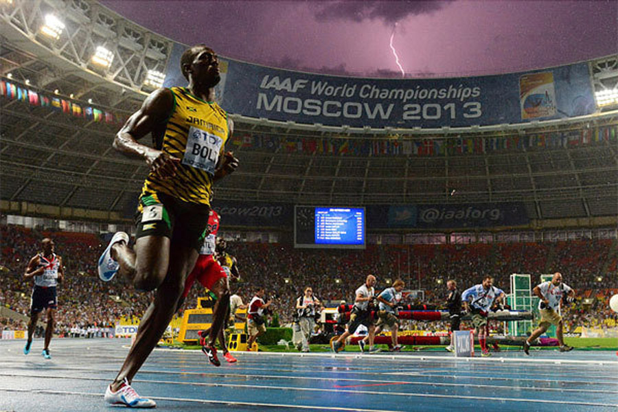 Lightning bolt strikes as Usain Bolt wins world title 45930