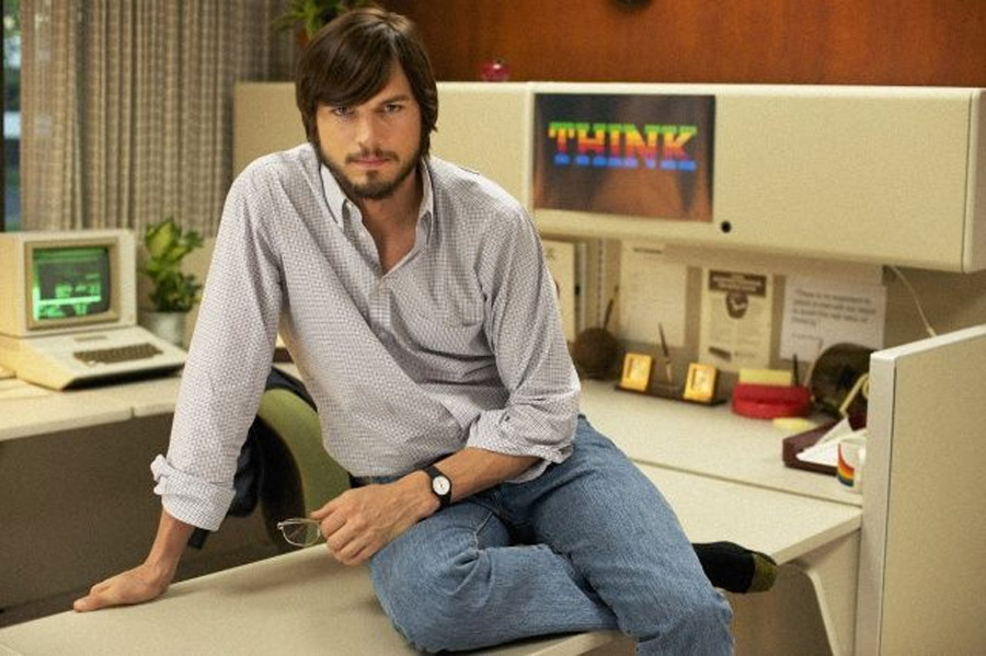 Ashton Kutcher Drops Some Deep Steve Jobs Quotes At The Teen Choice Awards 45949