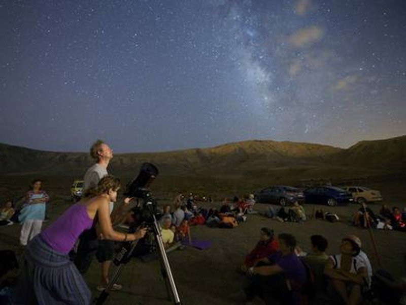 Perseids meteor shower: Clear skies predicted for tonight's 'spectacular' firework display 45976