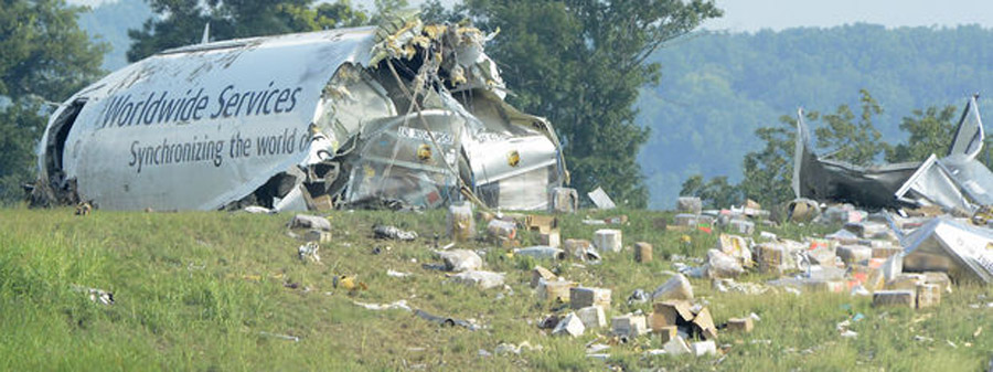 UPS cargo plane crashes near Birmingham airport; mayor says 2 pilots dead 46003