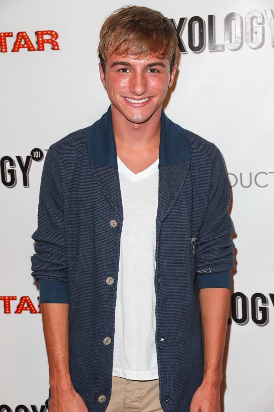 Lucas Cruikshank, star of Nickelodeon's 'Fred,' comes out as gay 46174
