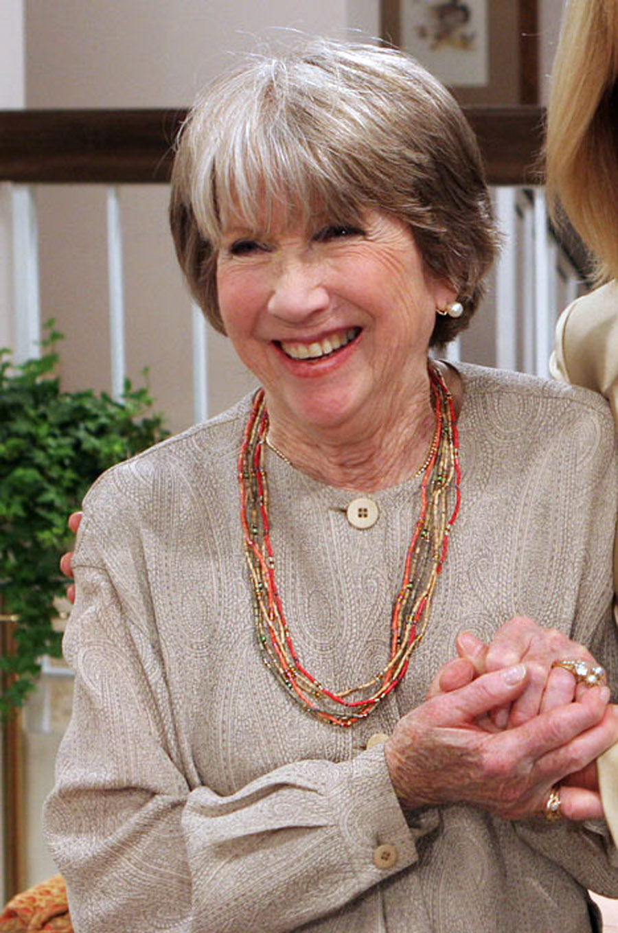 Julie Harris, Knots Landing Star, Dies At 87 46274