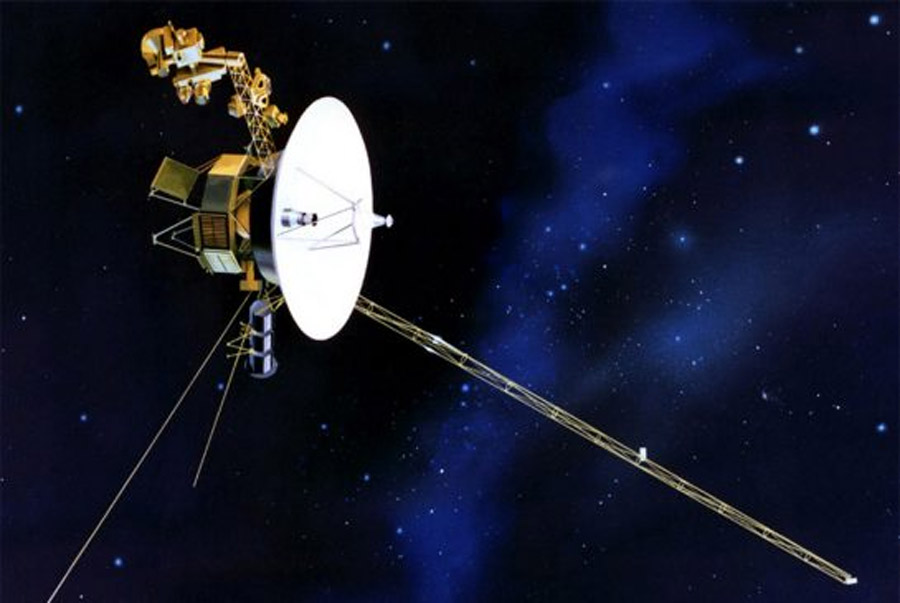 Voyager 1 becomes first spacecraft to leave solar system 46447
