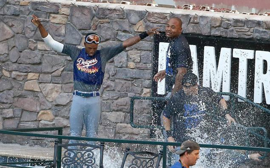 LA Dodgers first team to clinch postseason berth with NL West title, jump in pool 46574