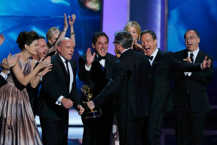 Honors for 'Breaking Bad' and 'Modern Family' 46599