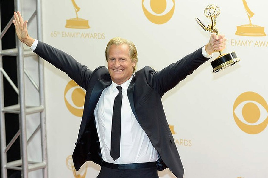 Join us for all the action as Neil Patrick Harris hosts the 65th annual prime time Emmy Awards. 46601