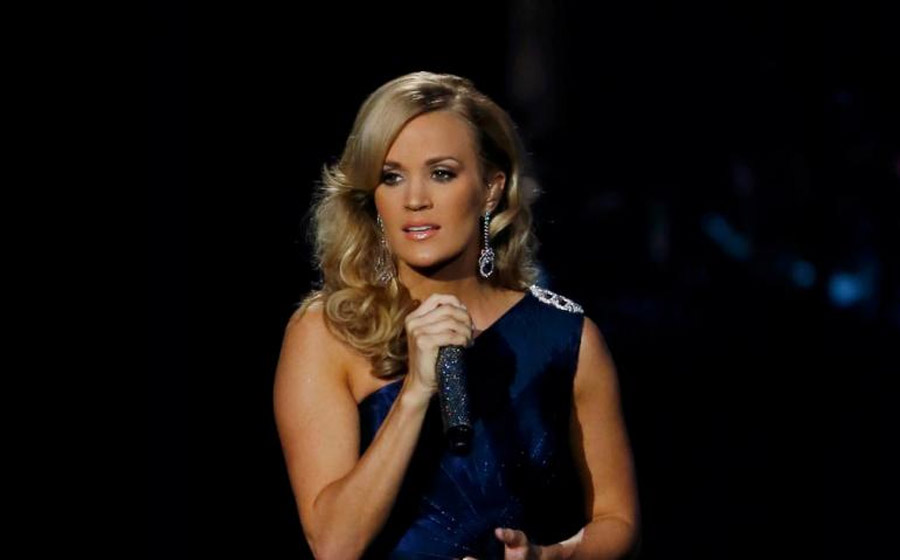Carrie Underwood's Emmys 2013 Performance: Singer's Beatles' Cover Generates Thousands Of Tweets 46669