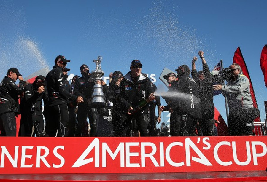 Oracle Team USA comes back to beat Emirates Team New Zealand 46787