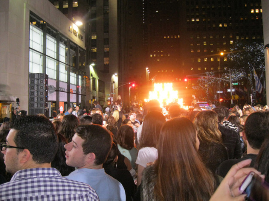 92.3 NOW Entourage Hits Up The Today Show w/ Miley Cyrus 47229