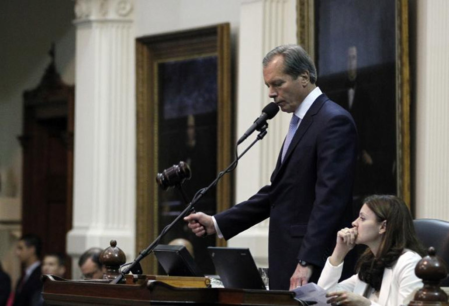 Obama Impeachment On The Way? Texas Lt. Gov. Dewhurst Issues Call, While Fake News Of 'Scheduled Hearings' Circulates 47345