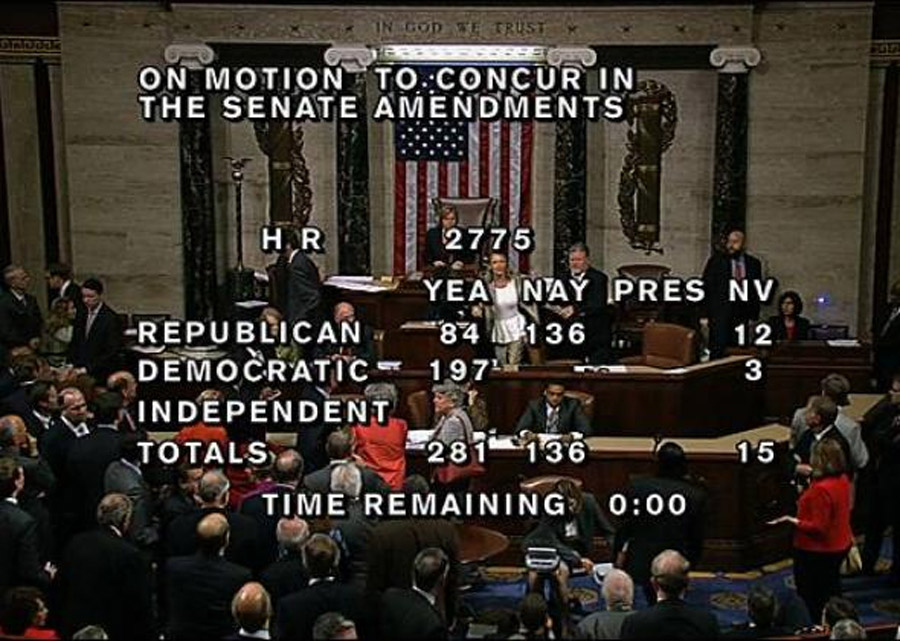 House Stenographer Snaps, Rants About Masons, During Late-Night Vote 47388