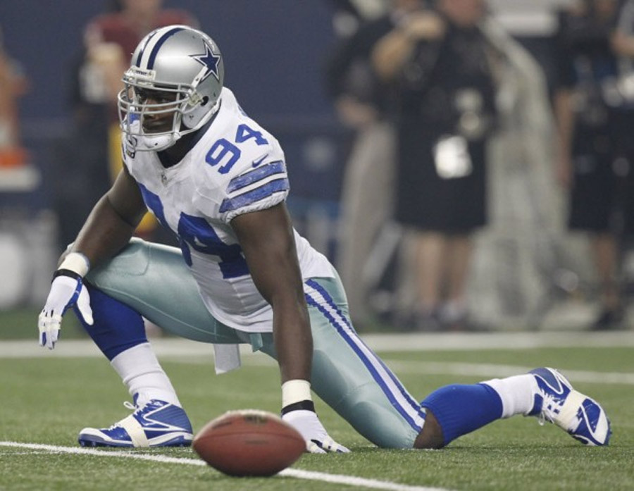 Dallas Cowboys coach Jason Garrett: DE DeMarcus Ware tested his injured right thigh Monday by running some 47509