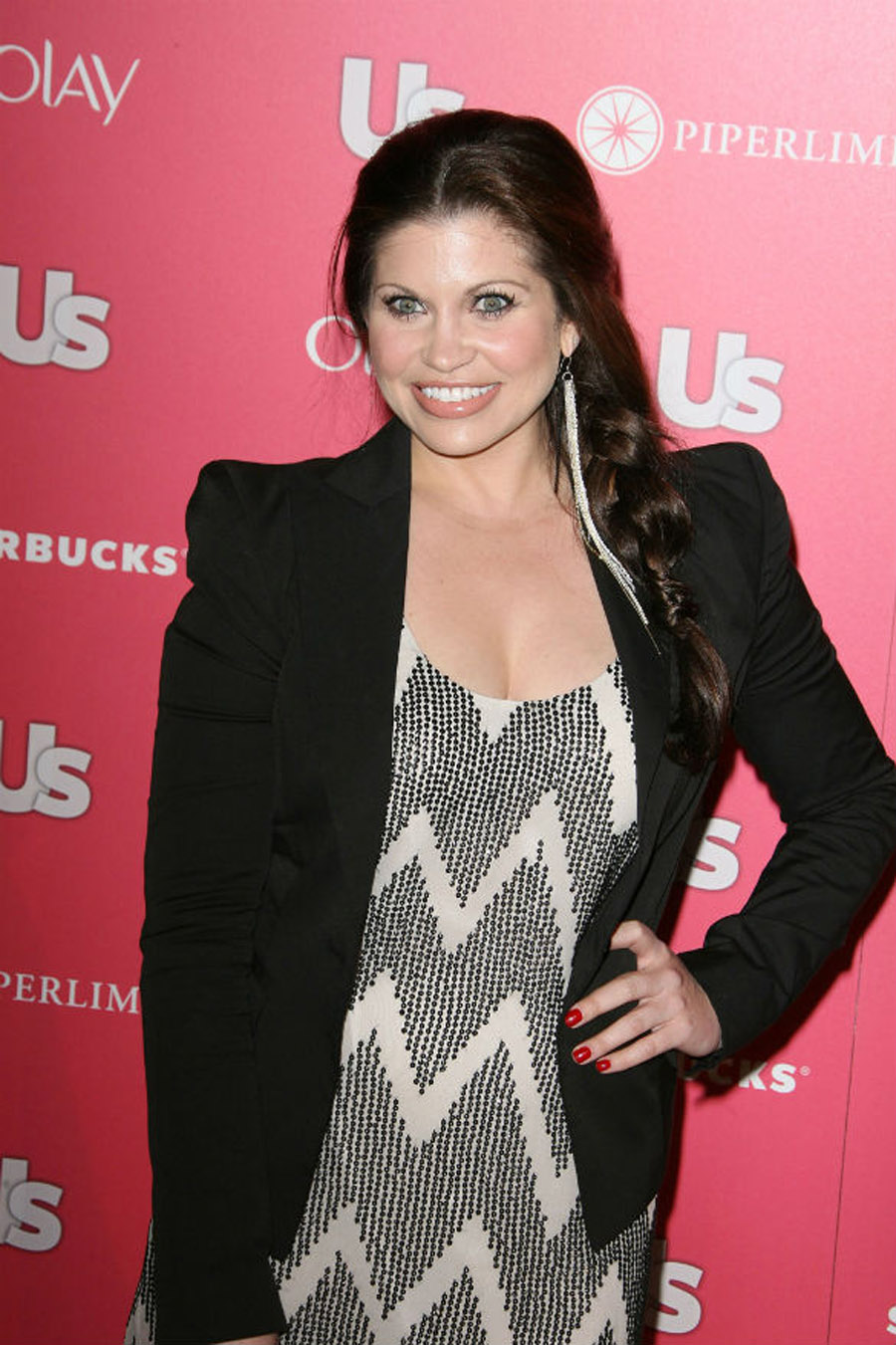 Danielle Fishel has hit back at 'haters' for saying she looked fat on her wedding day. 47564