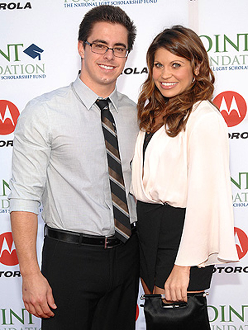 Boy Meets World's Danielle Fishel Marries Tim Belusko 47567